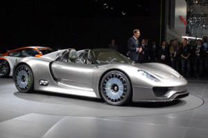 Porsche 918 Spyder $ 845 000