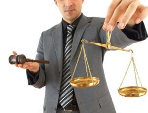 Доходы адвоката в России и США