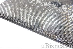 Айпад Эйр с кристаллами Сваровски - стоимость более десяти тысяч долларов