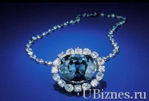 briliant 031 300x205 Дорогие и желанные украшения   самые дорогие бриллианты мира.
